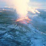 fissure eruption